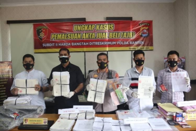Polda Banten Ungkap 690 Akta Jual dan Akta Hibah Palsu