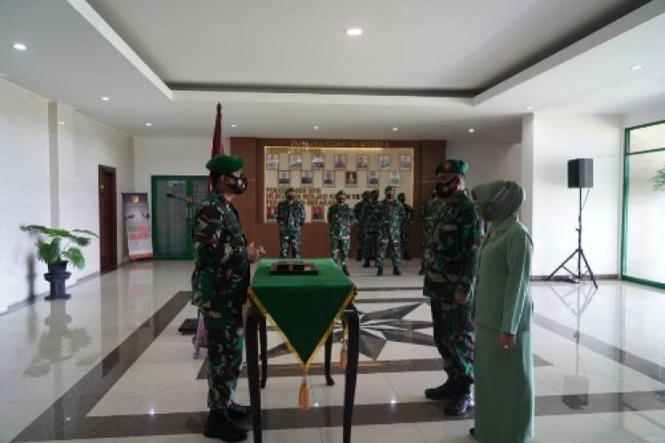 Kodam XIII/Merdeka Gelar Upacara Penyerahan Jabatan Kainfolahta