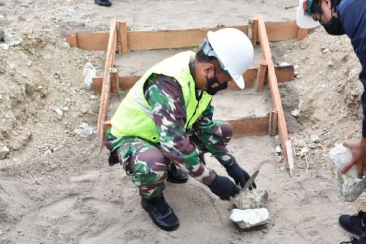 Brigjen Bagus Antonov Hardito Letakkan Batu Pertama Pembangunan Rusun Korem 133/NW