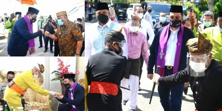 Ketua BPK RI Disambut Adat Mopotilolo di Provinsi Gorontalo