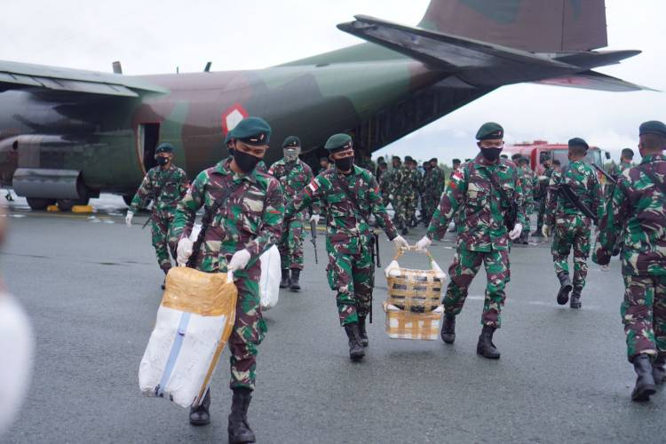 Satgas Yonif Raider 715/Mtl Raih Peringkat I Operasi Penyangga Mobile RI-PNG