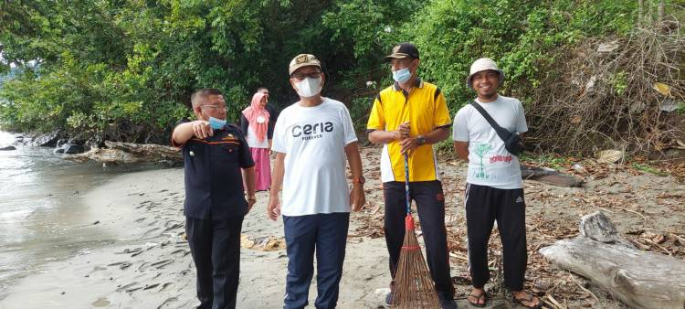 """""""Sambut Festival Pesona Saronde"""", Wabup Gorut Adakan Gerakan Kebersihan"""