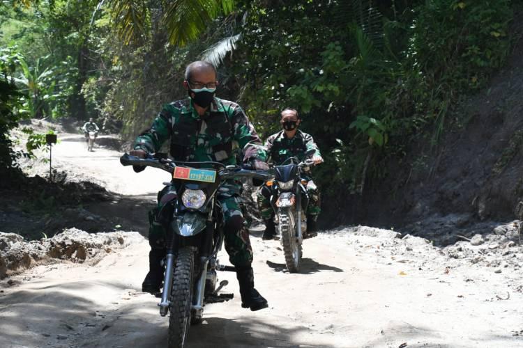 Resmi Membuka TMMD Ke 112 di Tulabolo, Danrem 133/NW: Wujud Sinergi Membangun Negeri